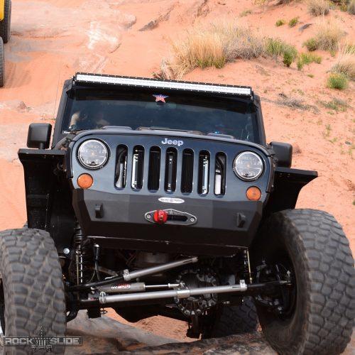 Jeep Wrangler JK stubby front bumper