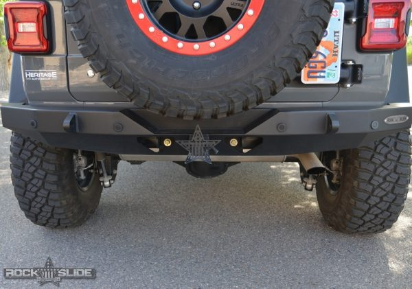 Jeep Wrangler JL rear bumper with hitch
